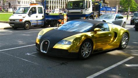 golden super cars bugatti veyron super sport gold and black 38 engine