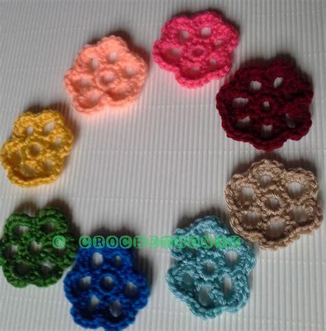 crochet flower pattern magic ring crochetronix how to crochet simple flowers