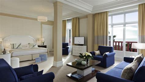 divani per hotel bk divani letto cuscini e poltrone per hotel