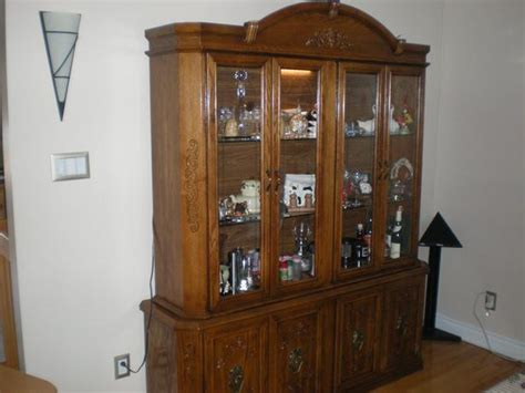 oak dining room hutch oak dining room set with buffet and hutch ensemble de