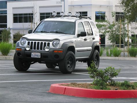 lifted jeep liberty jeep liberty 2004 lifted image 110