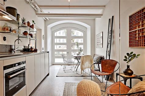 how to decorate a loft achados de decora 231 227 o pequeno e estreito apartamento