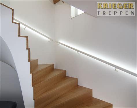 beleuchtung im handlauf aufregende details f 252 r modernen treppenbau