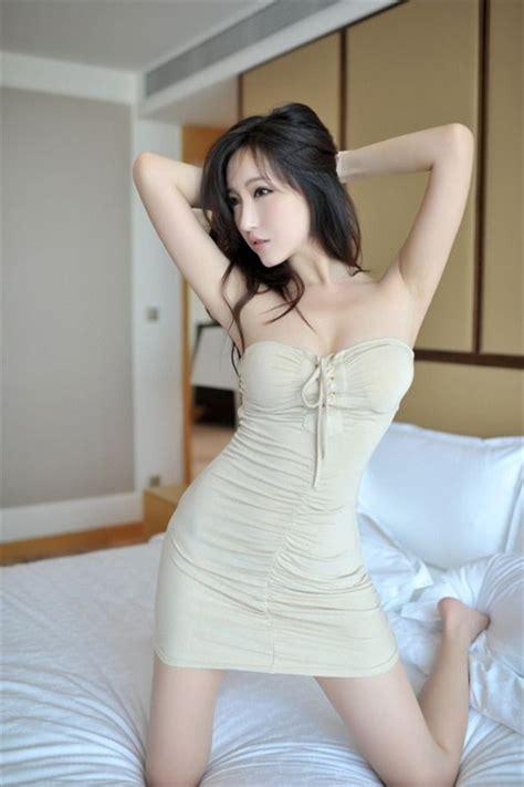 Dress Mei Li Hua fu mei mei 傅美美 model sirens