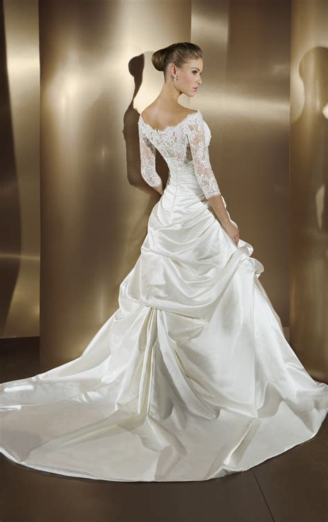 Hottest Off The Shoulder Wedding Dresses   Ohh My My