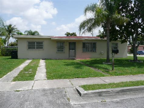 1605 nw 124 st miami florida 33167 detailed property info
