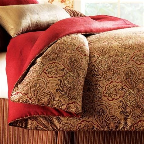 red paisley comforter paisley bedding in gold red mi costurero pinterest