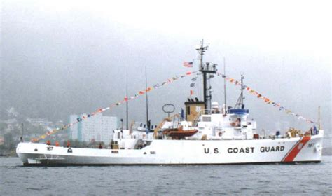 old navy boat for sale uscgc acushnet wmec 167 wikipedia