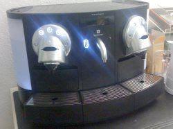 Wie Entkalkt Eine Kaffeemaschine by Wie Kann Ich Meine Nespresso Entkalken
