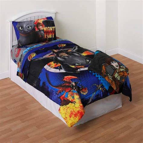 how to train your dragon bedroom dreamworks how to train your dragon boy s comforter