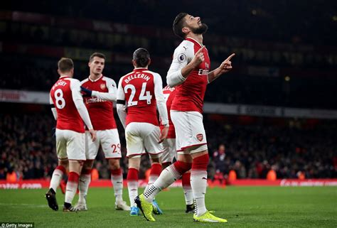 arsenal daily mail arsenal 5 0 huddersfield premier league match report