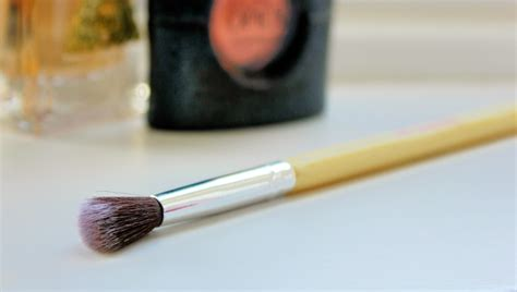 Hair And Makeup Addiction Brushes Review | hair and makeup addiction brushes makeup vidalondon