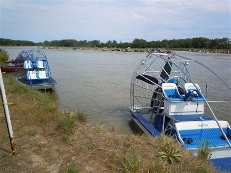 airboat blueprints blueprint engine airboat southern airboat picture gallery