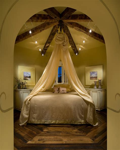 Deco Interior 5365 by World Chandler Traditional Bedroom