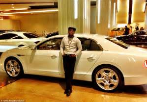 Bugatti Company Net Worth Floyd Mayweather Poses In Front Of His