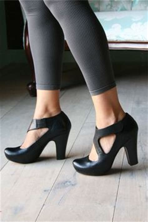 all black comfortable work shoes 1000 ideas about comfortable work shoes on pinterest