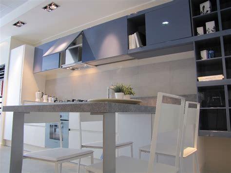 cucine febal roma febal cucina city monolac grigio e laminato bianco