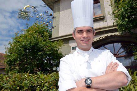 by dan bilefsky beno 238 t violier top french swiss chef dies at 44 by dan