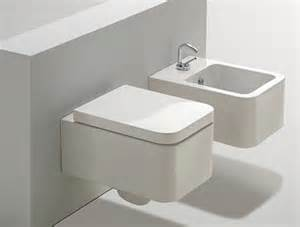 What S A Bidet Toilet Can Someone Explain These New Contemporary Toilets Lol