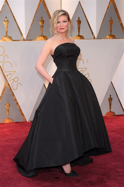 Worst Dressed Of The Day Kirsten Dunst Oscars Edition by Kirsten Dunst Re Wore A Favorite Pair Of Heels At The