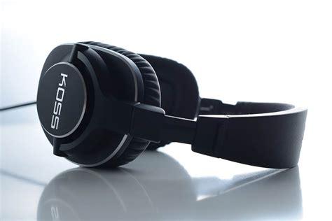 comfortable studio headphones the top 20 best studio headphones in 2017 gearopen