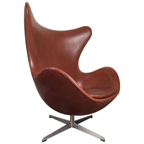 fritz hansen chair replica early arne jacobsen egg chair in original brown leather by