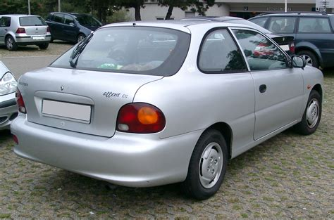 how things work cars 1996 hyundai accent parental controls file hyundai accent rear 20071102 jpg wikimedia commons