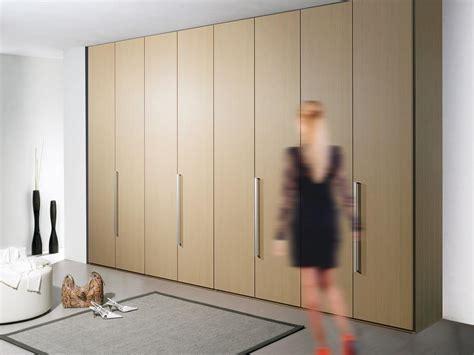maniglie per armadi a muro armadio modulare con maniglie in metallo per ufficio