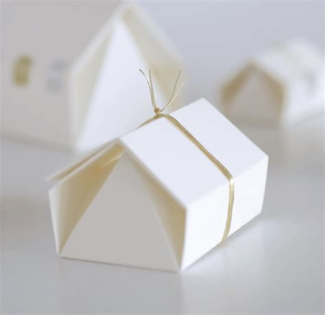 Folded Paper L - upon a fold in japan paper show the design files