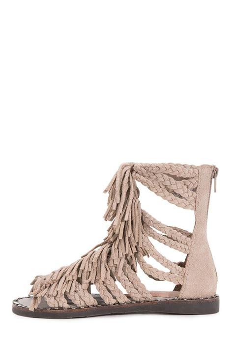 jeffrey cbell fringe gladiator sandals jeffrey cbell fringe santana in sand suede shoe