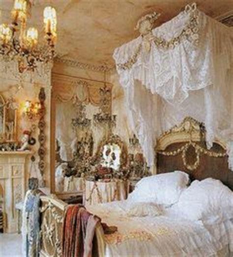 vintage princess bedroom 1000 images about vintage chic vintage wallpaper