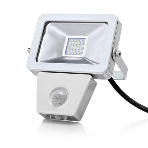 Pir Security Lights Outdoor Auraglow 10w Led Motion Activated Pir Sensor Outdoor Security Light 150w Eqv Ebay