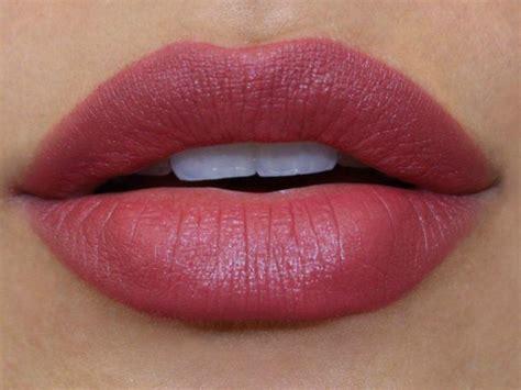 Lipstik Revlon Yang Matte revlon colorburst matte balm 225 sultry sulfureuse