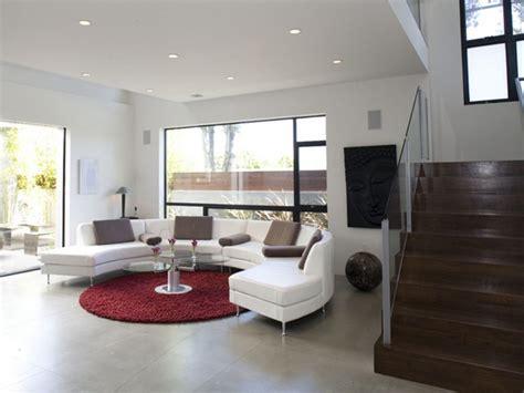 runder roter teppich runde sofas modern in szene setzen 50 beispiele