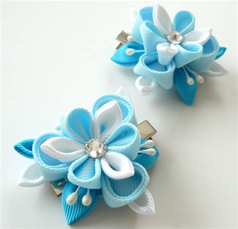 imagenes de flores en kanzashi kanzashi fabric flowers set of 2 hair clips lt blue