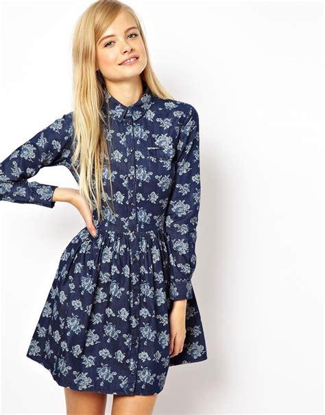 Trend Alert Floral Shirtdresses black sea shirt dress in chambray floral print