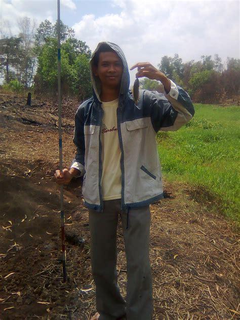 Joran Pancing Gabus kegiatan memancing ikan darat gambutku