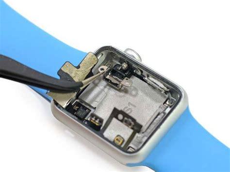 apple  teardown reveals replaceable battery gadgetsin