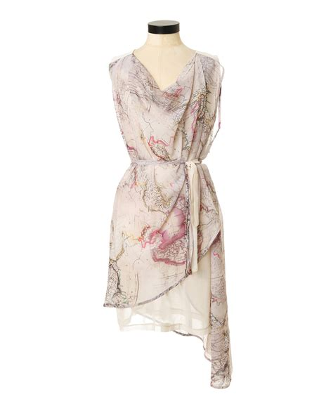 Wedding Attire Reddit by Wedding Guest Attire Would Wearing A Lighter Beige Dress
