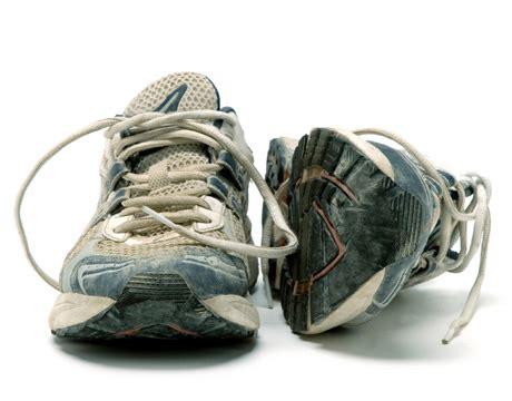 craig running shoes shopping for a date aukelien abbema