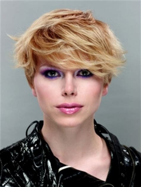 become gorgeous pixie haircuts cool fall pixie haircuts