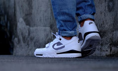 Nike Trainer 2 nike air trainer 2 white black 371739 100