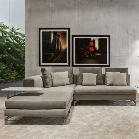 migliori divani in pelle 17 migliori idee su salotti in pelle su divani