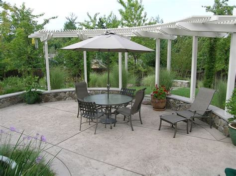 cost of backyard patio best 25 concrete patio cost ideas on pinterest cost of