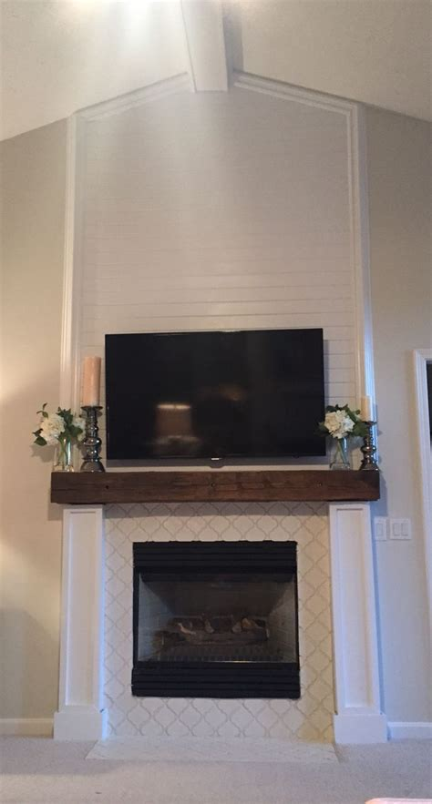 Shiplap Mantle 25 Best Ideas About Wood Mantle On Rustic