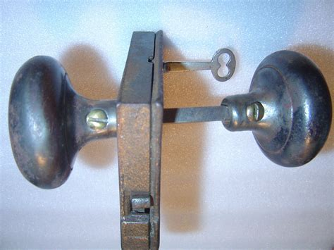 Skeleton Key Door Knob by Antique Peterboro Door Lock Knobs And Original Skeleton