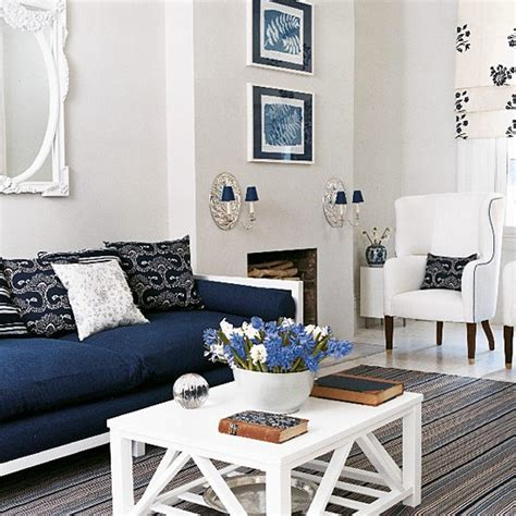 New England Home Decorating Ideas navy blue and white living room design new england