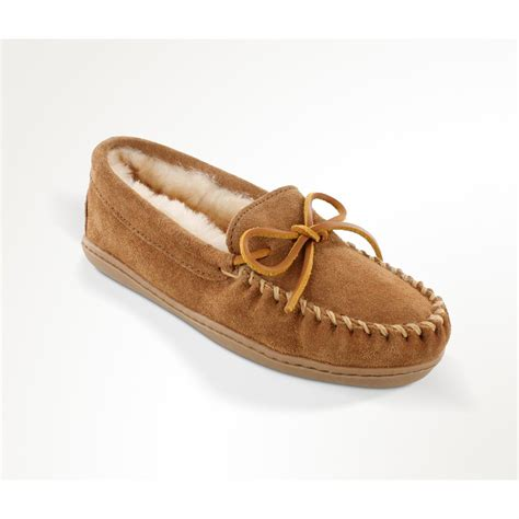 ladies house shoes women s minnetonka moccasins sheepskin hardsole moccasin slippers tan 657749