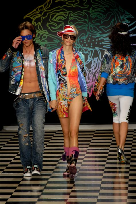 Aluna Set By Ba Fashion file ed hardy runway models jpg wikimedia commons