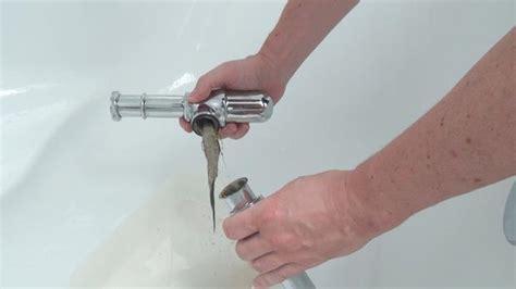 badewannen abfluss reinigen waschbecken siphon reinigen der flaschensiphon